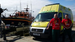 Helping runners 'Leg It' for RNLI charity